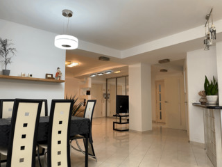 Apartment 2 camere +living,100 mp Reparatie euro, Botanica 495 euro