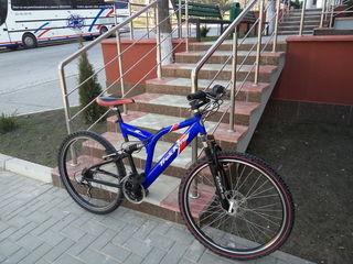 Vind bicicleta -2500 lei