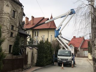 Servicii autoturn 28 metri , автовышка 28 метров