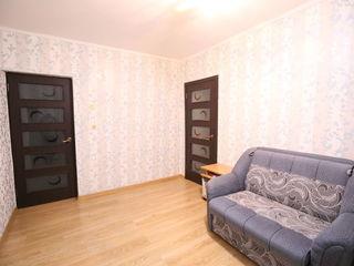 Продаю недорого 3-х ком. квартиру в с. Флорены, пригород Кишинева (157 маршрутка).