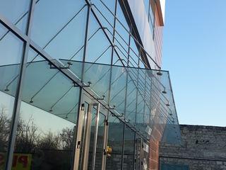Fațade Etalbond, Keramogranit, Balustrade sticlă, Copertine sticlă