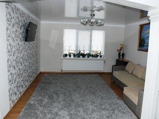 apartament cu 3 odai  - Cimislia