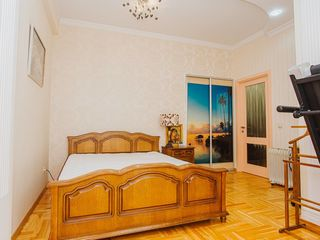 Spre vinzare apartament cu o cameră + living.
