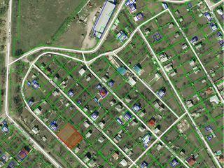 Se vind 2 terenuri lot pomicol pentru constructie casuta de vacanta. Dumbrava I.P. Mugurel