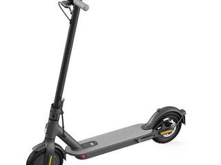 {u'ru': u'Xiaomi Mi Electric Scooter Essential \u0441\u043e \u0441\u043a\u0438\u0434\u043a\u043e\u0439 -15%!', u'ro': u'Xiaomi Mi Electric Scooter Essential cu reducere de -15%!'}