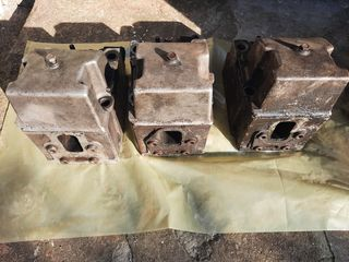 Продам три головки блока цилиндров КамАЗ. Вкладыши шатунов ЯМЗ 238.
