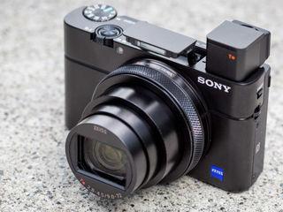 Sony RX100 Mark VII с уникальной технологией автофокусировки