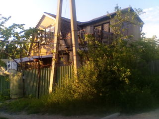 Se vinde casa langa pe soseau Poltava 25km de la Chisinau