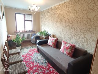 Apartament cu 3 camere, Botanica bd.Cuza Voda