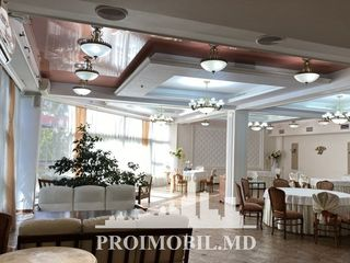 Chirie sp. comercial! bd. Moscova, prima linie, 680 mp, 6900 euro cu TVA!