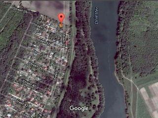 Земельный участок на берегу Днестра, с. Пырыта