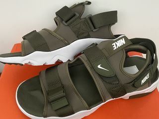 Sandale Nike!