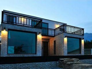 Casa de vacanta, case mici, oficii, showroom, construcții mobile, construcții modulare, container
