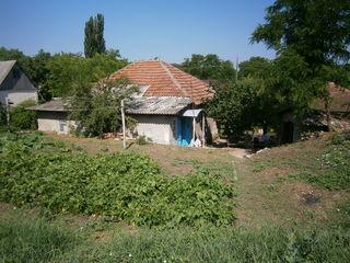 Продам землю 20,47 соток  (0,2047 га )  в Дэнченах есть дом скорее всего под снос.