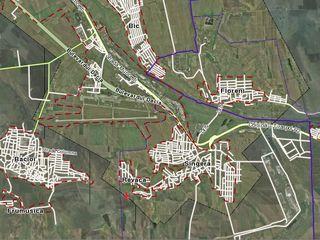 Lot de teren gradina 0.38 ha, amplasat la 13 km de Chisinau. 60 euro/arul, negociabil, Singera