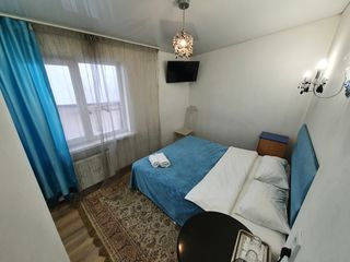 Se da apartament-studio in chirie in centru  180  euro за 2 недели, посуточно понедельно