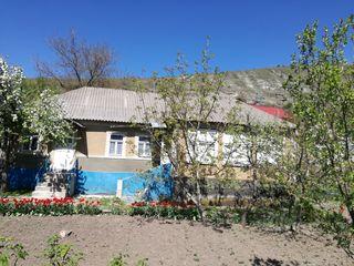 Vind casa Orheiul Vechi + terenuri !