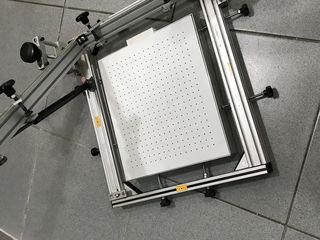 печатный стол для шелкографии с вакумным прижимом и микро регулировками.