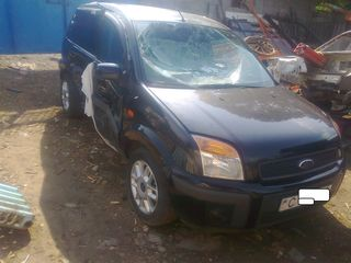Ford Fusion 1.4 tdci anul 2008  Piese / запчасти