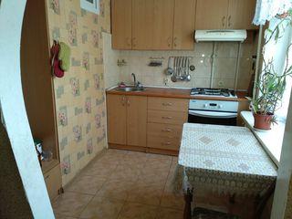 Удобно расположенная трёхкомнатная (чешка) квартира на Рышкановке.