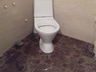 Установка душ кабины..раковины унитаза и ванны.
