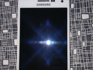 Samsung Galaxy A5 Duos утопленник, a fost înecat în apă