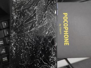 Xiaomi Blackshark, Ecranul sparta -Luăm, reparăm, aducem !!!