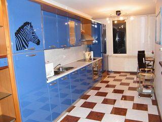 Апартаменты на сутки - 800 лей,от 2 суток - 700 лей -ул.Петру Рареш 39, сдаем 24/24.