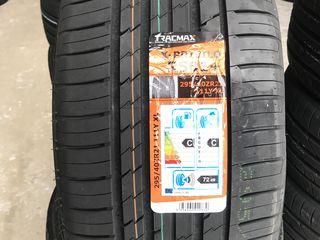 295/40 R21 Tracmax Xprivilo RS01+