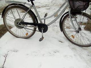 Bicikleta foarte trainica,frina buna,amortizator.