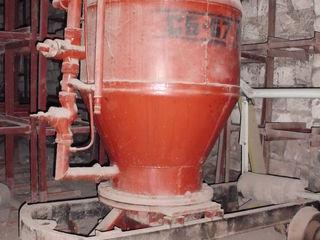 Установка для нанесения бетонной смеси СБ-67Б новая.Цена:15000 лей,Возможен обмен(варианты)