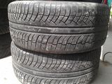 R20 275*50 Michelin Latitude Diamaris