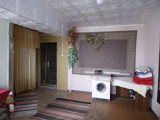 Продам 1-комнатную квартиру-студию! Центр, 5-этажка напротив ЗАГСа!