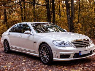 VIP Mercedes-uri albe/negre cu sofer! / VIP Мерседесы белые/черные с водителем!