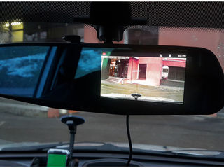 Видеорегистратор-зеркало! Камера заднего вида в подарок!