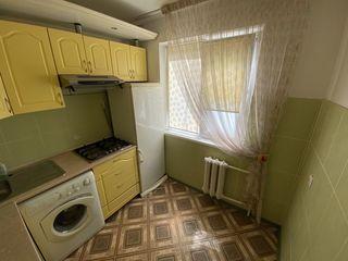 Apartament 2 camere intersectia strazilor Teilor/ Dacia