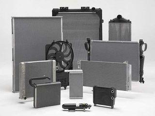 Радиаторы охлаждения  кондиционера печки расширительные бачки диффузор радиаторов