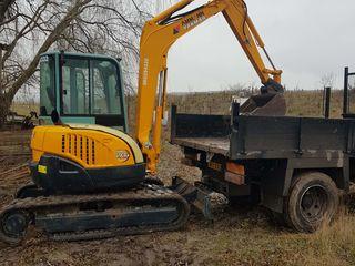 Servicii cu excavator