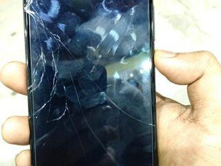 Xiaomi RedMi 8A, Ecranul sparta -Luăm, reparăm, aducem !!!