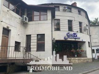 Restaurant! bd. C. Vodă, 1250mp, terasă de vară! Spre Vânzare!