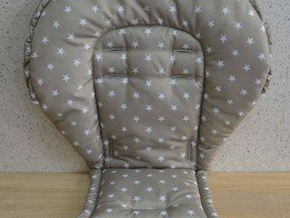 Универсальный матрасик-чехольчик на стульчики для кормления