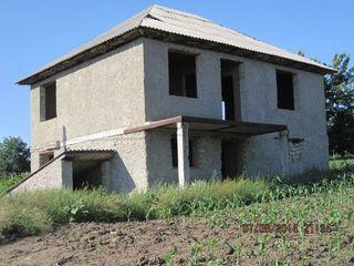 Vindem casa in s.Puhoi, r.Ialoveni, 27 ari, 160m2.