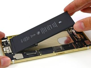 Быстро садится аккумулятор на IPhone. iService поможет вам!