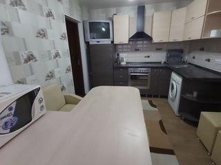 Spre chirie apartament în Centru, mobilat și utilat, la un preț avantajos.