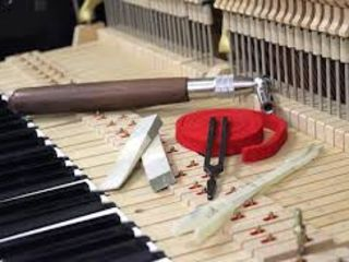 Acordaj, reparatie, transportare a pianinelor si pianelor.