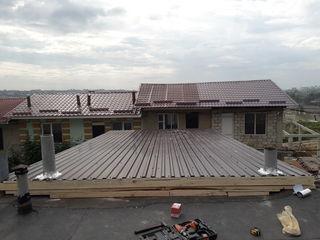 Выполним ремонт крыши, в разумные сроки. Предоставляем гарантии на все виды работ и материал.