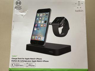 Vând încărcător pentru iPhone si Apple Watch