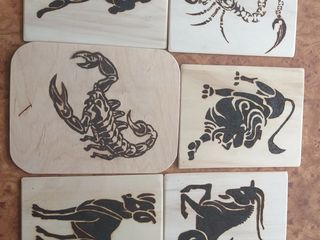 Zodiac perogravat pe lemn