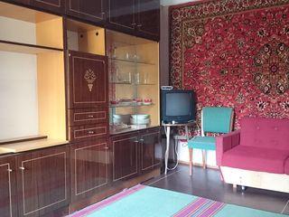 Сдаю 2-комнатную меблированную квартиру с помесячной оплатой  (60 евро)