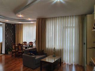 Vind apartament cu 3 odai+ living în Ungheni!!!